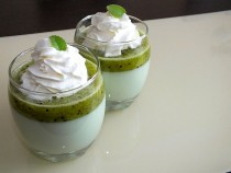 Orzeźwiający deser kiwiowo-miętowy