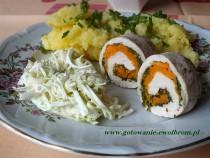 Dietetyczne roladki z marchewką i jarmużem