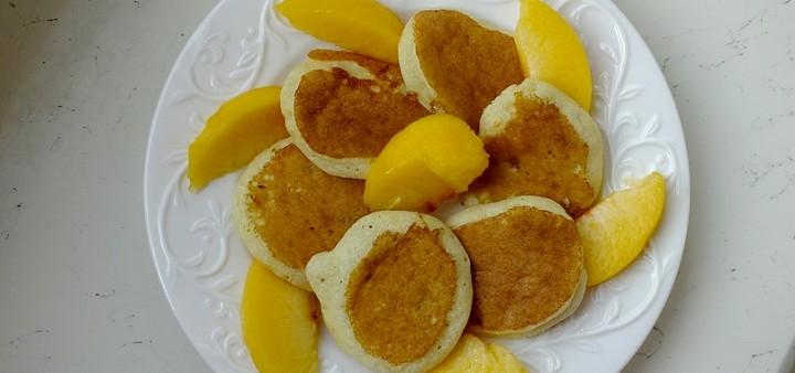 Bananowe placuszki z kaszką manną