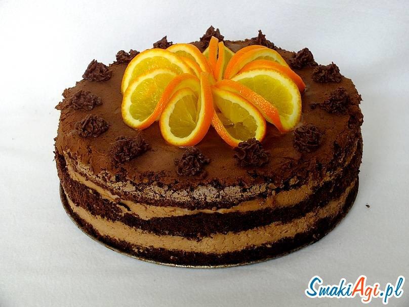 pyszny tort z masą czekoladową