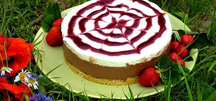 Ciasto czekoladowo – śmietankowe z musem owocowym (bez pieczenia)